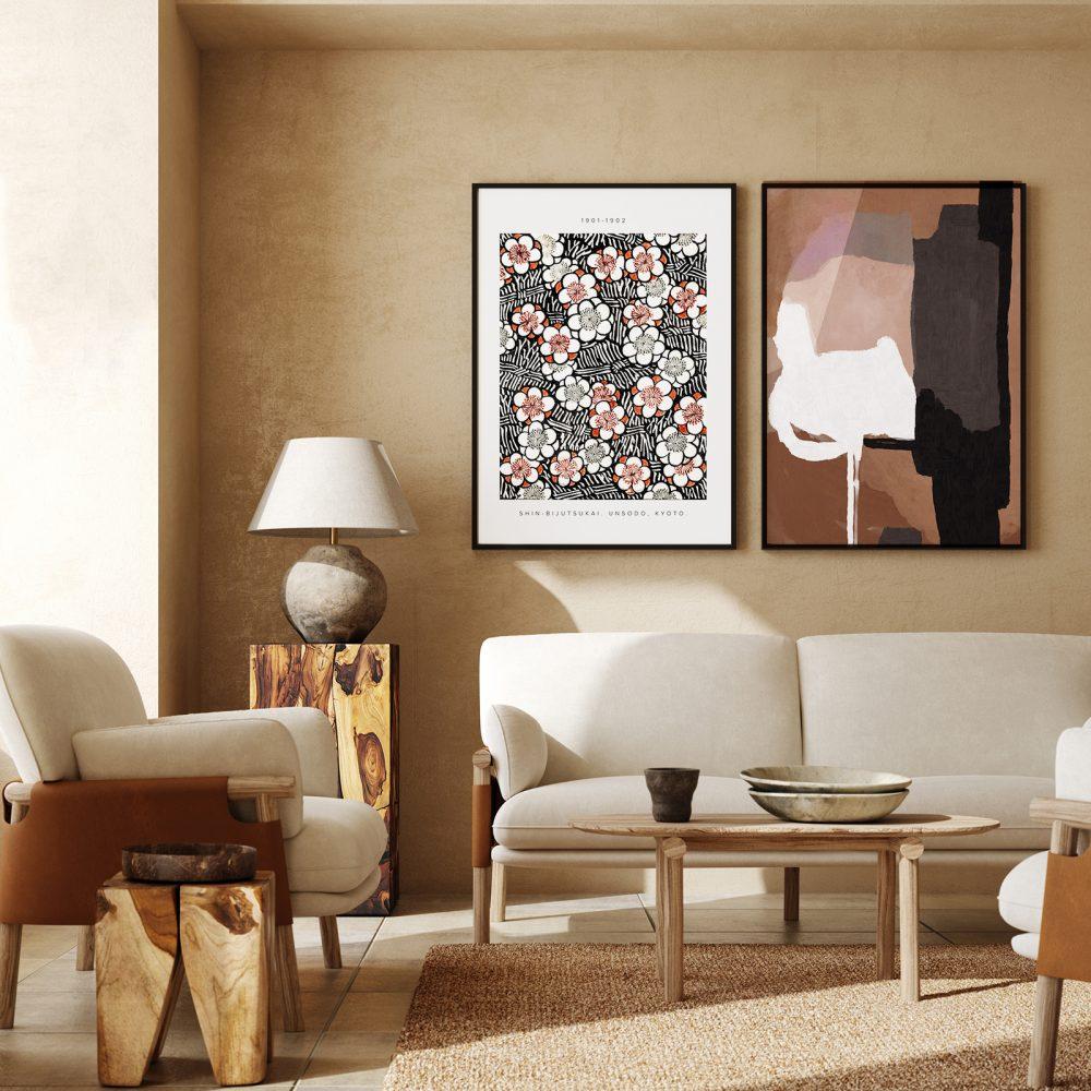 Erdtöne im Wohnzimmer und gerahmte Poster 'Shin Bijutsukai 1901' von Japanese Vintage Art und 'Abstract Calm' von Dan Hobday