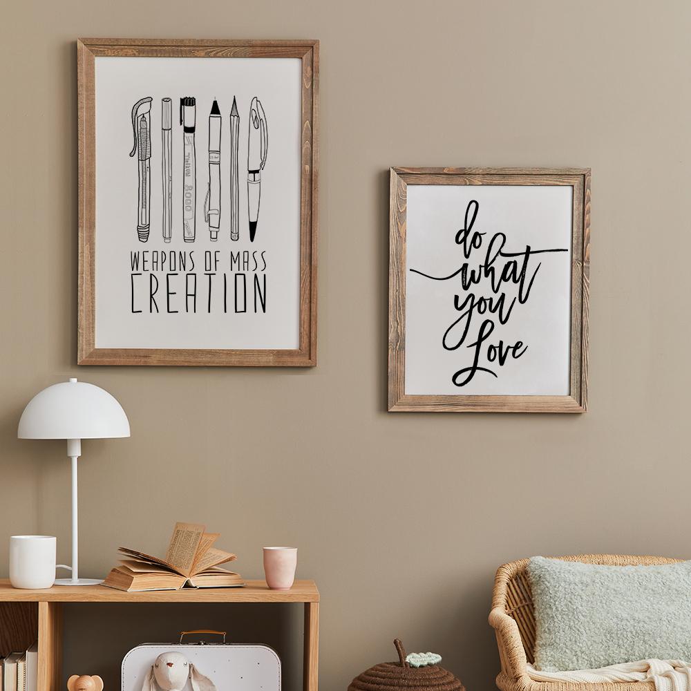 Gerahmte Poster 'Weapons Of Mass Creation' von Bianca Green und 'Do What You Love' von Vivid Atelier