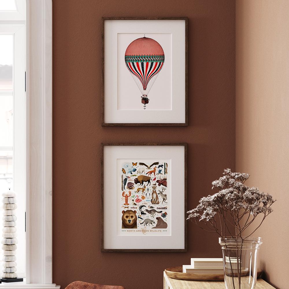 'Vintage Illustration Heißluftballon' von Vintage Collection und 'Nordamerikanische Tierwelt' von Dieter Braun