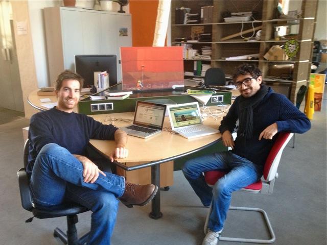 Auf dem Foto seht Ihr Francesco und Thomas von Photocircle im Social Impact Lab in Berlin Kreuzberg.