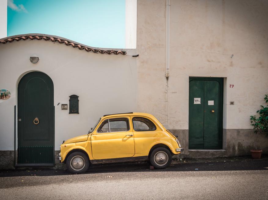 Johann Oswald Fotokunst - Yellow Fiat