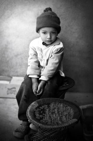 Boy in Kathmandu, Nepal von Victoria Knobloch
