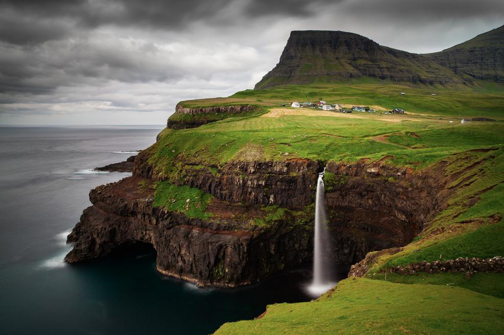 Gasaladur, Faroe Islands - fine art photography by Boris Buschardt