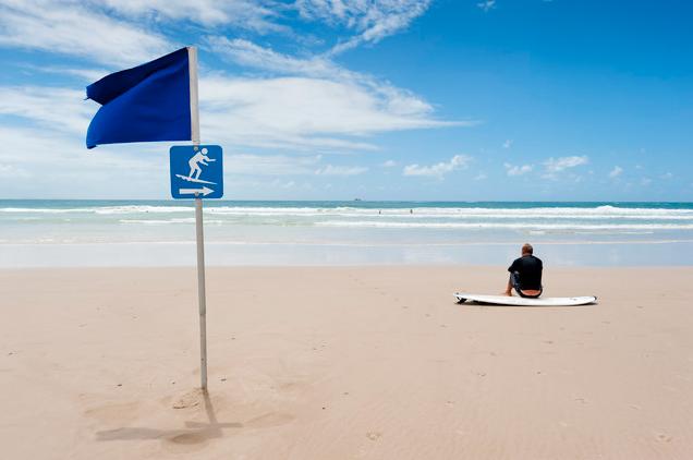 'Waiting on a wave, Byron bay' von Franzel Drepper