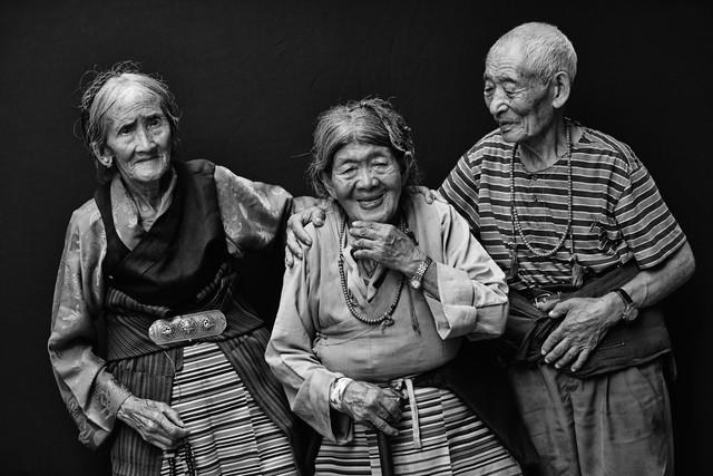 TIBETAN REFUGEES IN NEPAL by Jan Møller Hansen